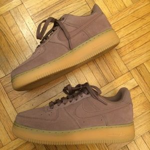 Nike Air Force 1 Sneakers sz 8.5 mauve Pink